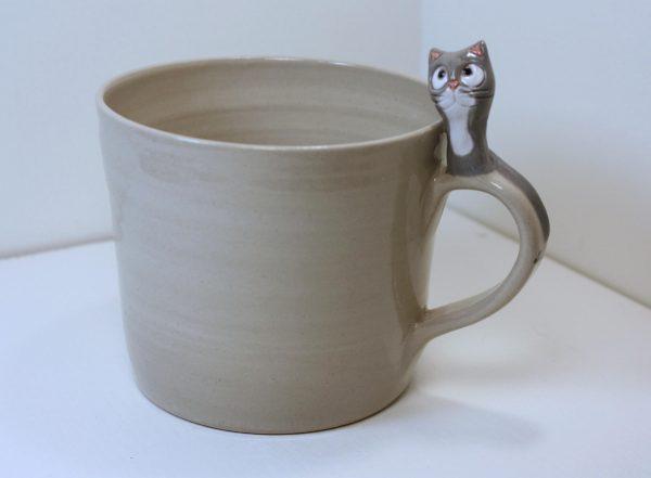 Harmaa kissa-muki